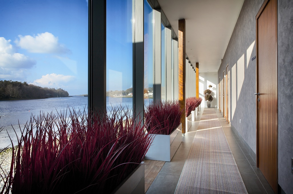 Win B&B with a Hot Oil Back, Neck and Shoulder Massage for 2 worth €300