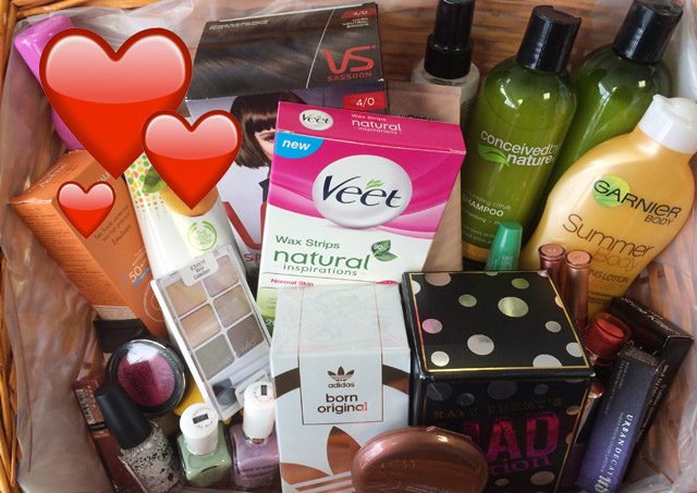 Vote In The Stellar Beauty Hero Awards and Win A Beauty Hamper Stuffed Full Of Products