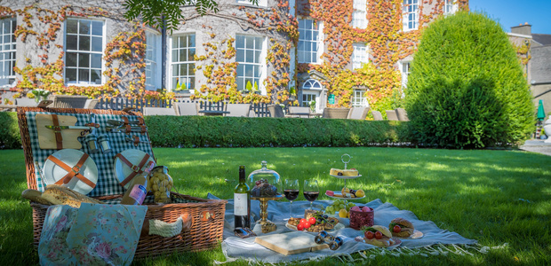 Win a Relaxing Break Away for 2 and savour Butler House on 30th October as part of Kilkenny Savour Festival
