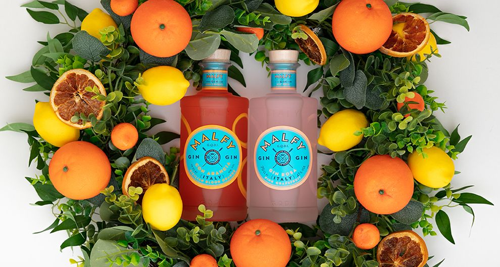 Win a gorgeous wreath and Malfy gift box, with two bottles of Italian Gin